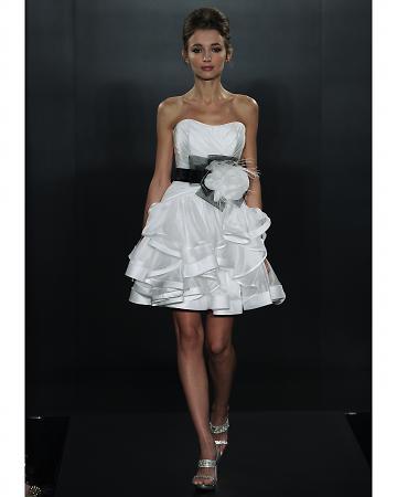 Short wedding dresses smd weddings blog for Maggie sottero short wedding dress